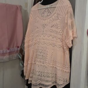 Sheer beautiful top color is light peach